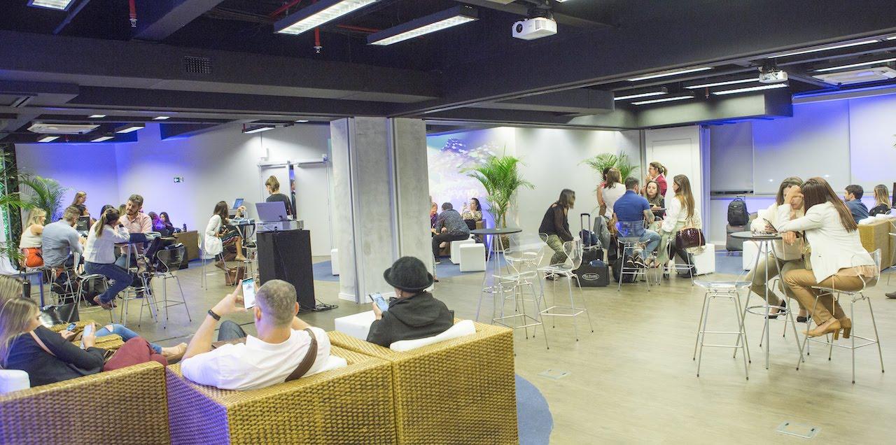 GzT31747.JPG     Longevidade Saudavel coquetel de inauguração da nova sede em Alfa Ville